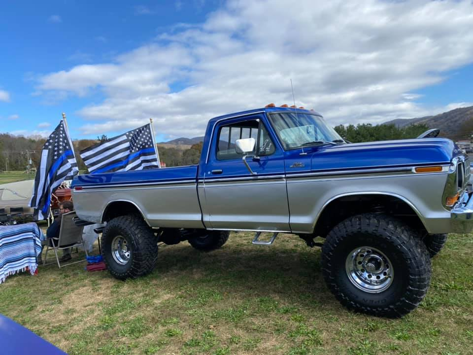 15 Year Old Girl Built Her Dream Truck 1978 F150 10.jpg