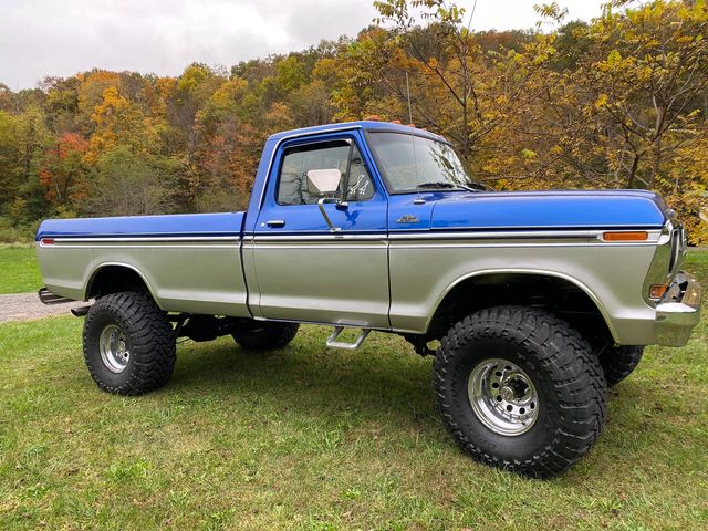 15 Year Old Girl Built Her Dream Truck 1978 F150 5.jpg