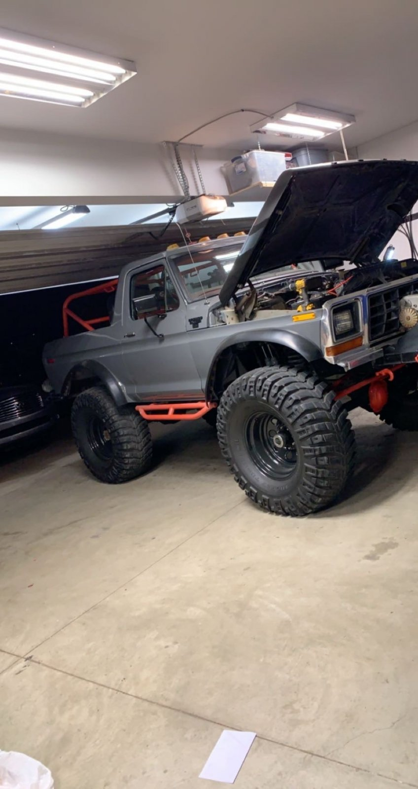 16 Year Old Built His Dream Ford Bronco 6.jpg