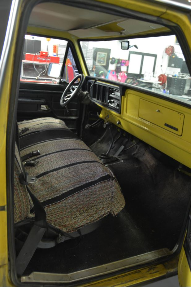 16 Year Old Built His Dream Truck 1977 Ford F150 3.jpg