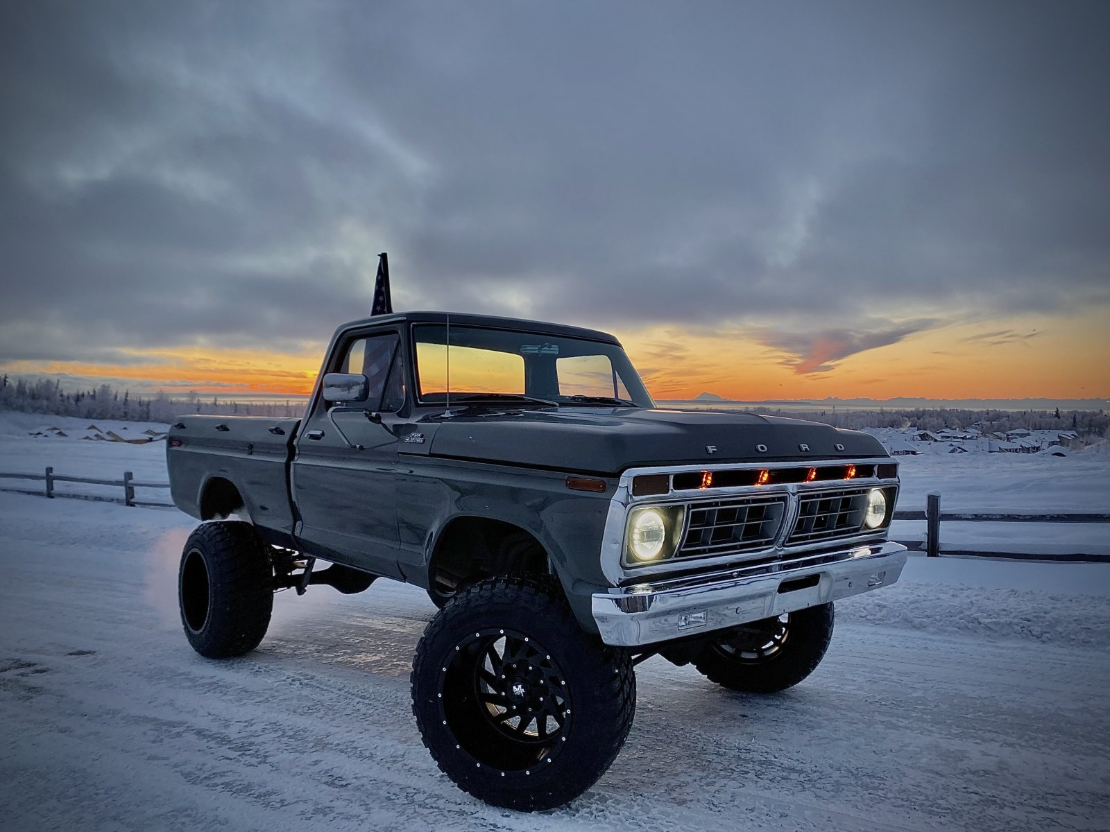16 Year Old Built His Dream Truck 1977 Ford F150 7.jpeg