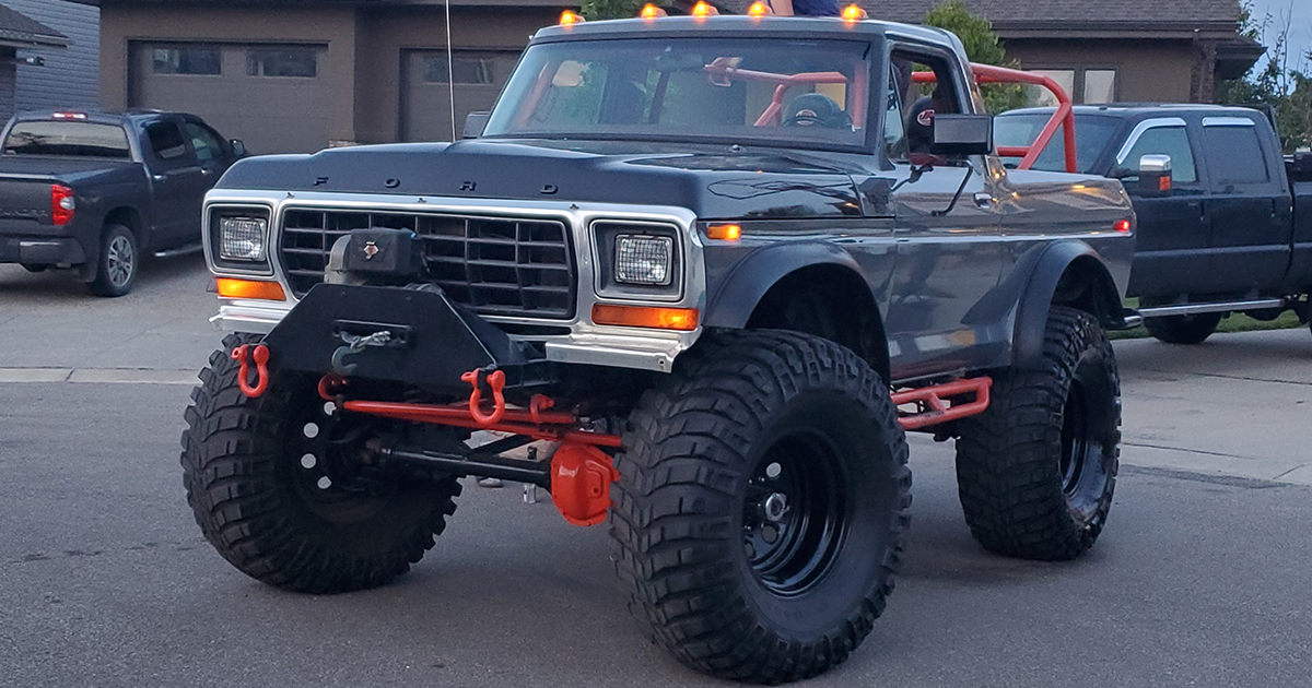 16 Year Old Built His Dream Truck 1978 Ford Bronco.jpg
