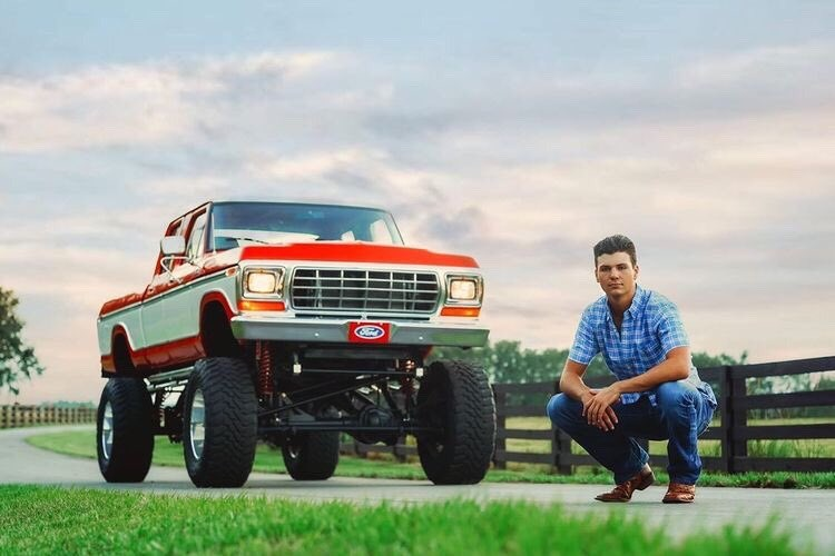 17 Year Old Built His Dream Truck 1977 Ford F250 Crew Cab 7.3L 10.jpg