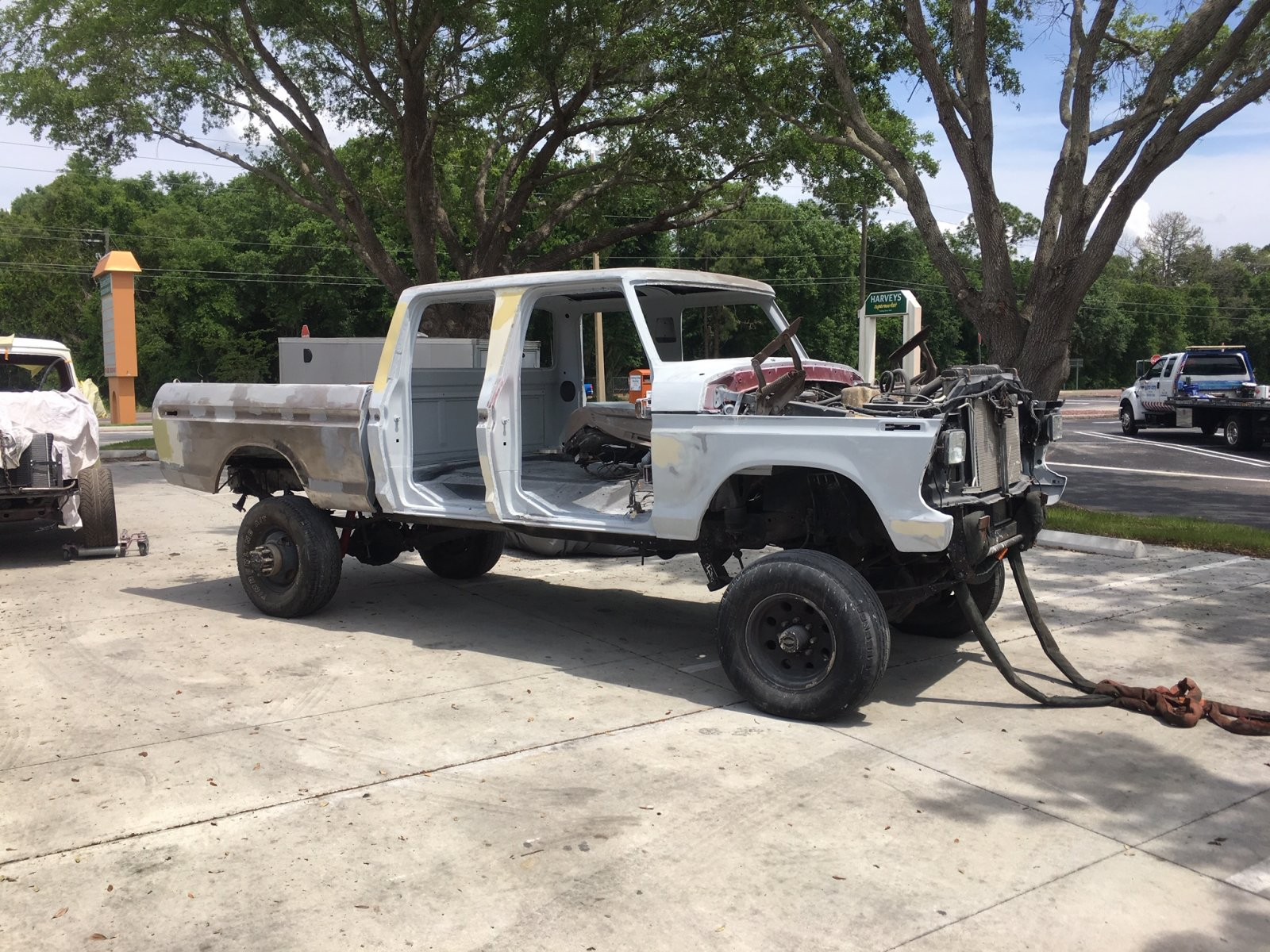 17 Year Old Built His Dream Truck 1977 Ford F250 Crew Cab 7.3L 4.jpeg