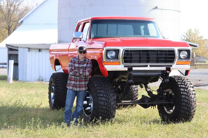 17 Year Old Built His Dream Truck 1978 Ford F250 3.jpg