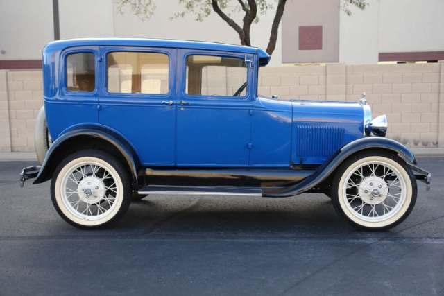 1929 Ford Model A Murray Town Sedan 2.jpg