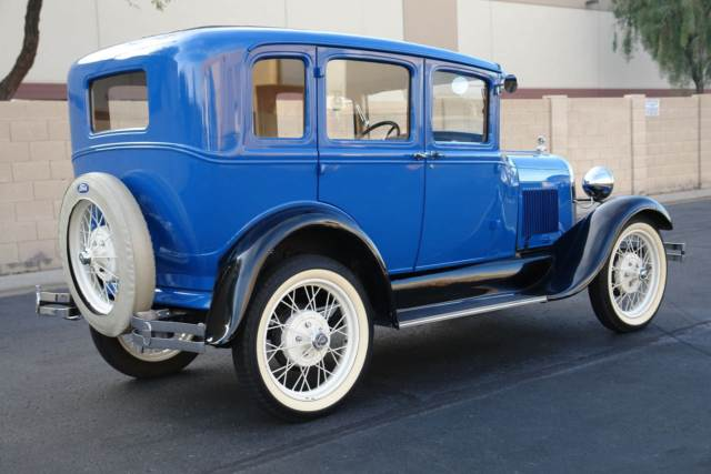 1929 Ford Model A Murray Town Sedan 3.jpg