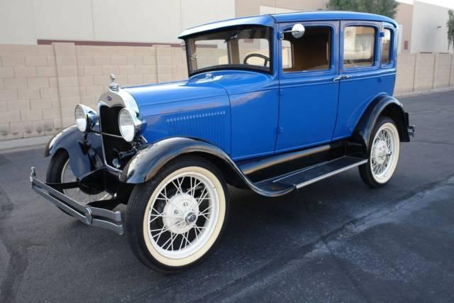 1929 Ford Model A Murray Town Sedan 5.jpg