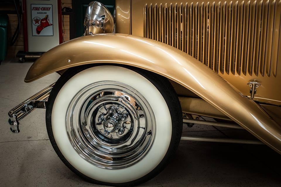 1932 FORD PICKUP GOLD 11.jpg