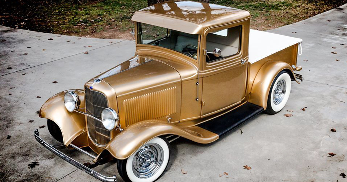 1932 FORD PICKUP GOLD.jpg