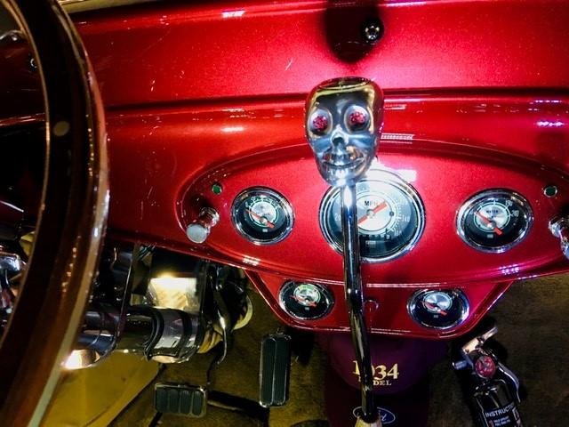 1934 Flathead Engine With Full Race Cam 3 Carbs 5.jpg