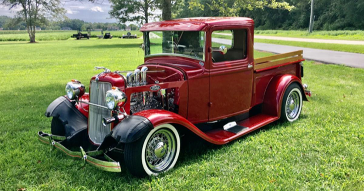 1934 Flathead Engine With Full Race Cam 3 Carbs 6.jpg
