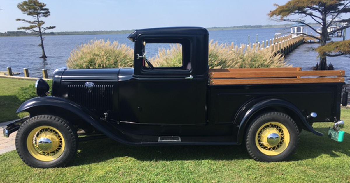 1934 Ford Pickup Stock 85 HP.jpg