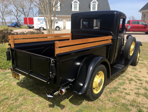 1934 Ford Pickup Stock With a 85 HP 2.jpg
