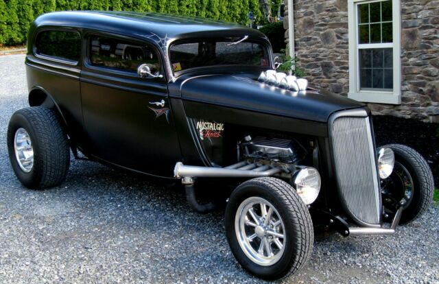 1934 Ford Tudor Street Rod Pro Build  13.jpg