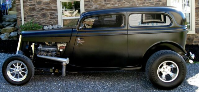 1934 Ford Tudor Street Rod Pro Build  6.jpg