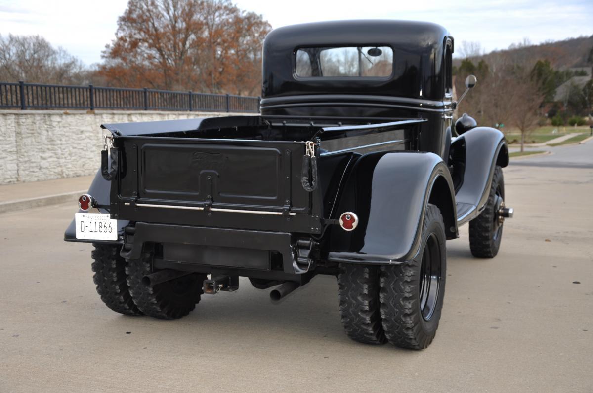 1935 Ford Pickup Truck 4x4 Dually 3.jpg