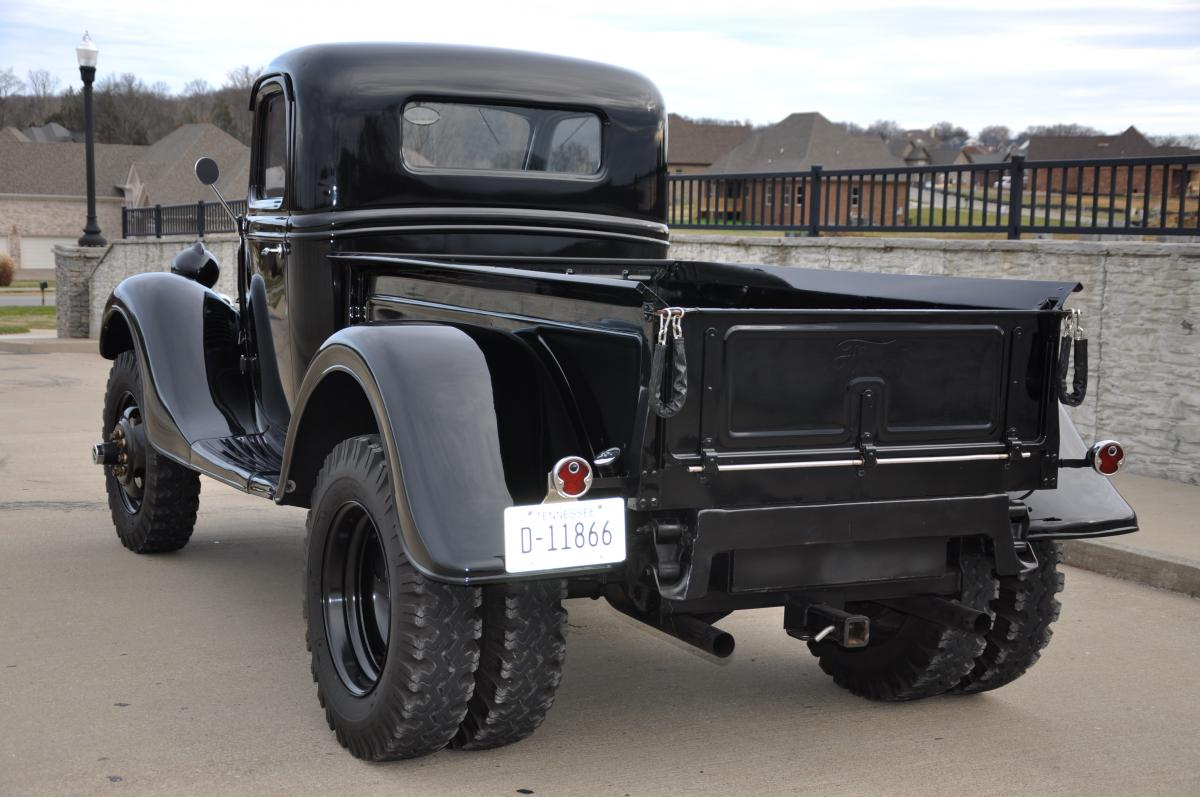 1935 Ford Pickup Truck Dually 4x4 2.jpg