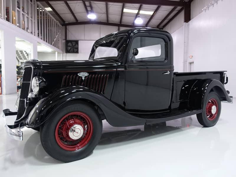 1935 FORD V8 PICKUP TRUCK 3.jpg
