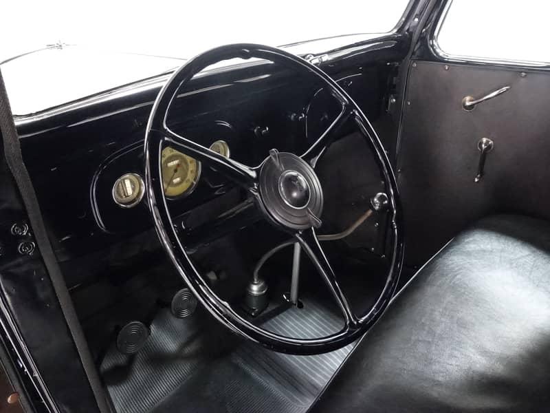1935 FORD V8 PICKUP TRUCK 9.jpg