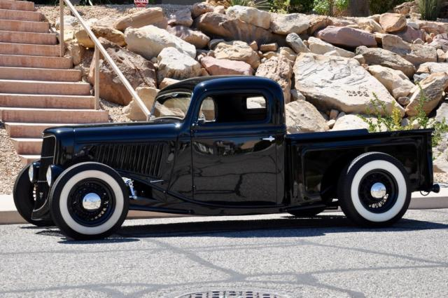 1936 FORD PICKUP ALL-STEEL HIGH-END ONE-OFF SHOW TRUCK 2.jpg