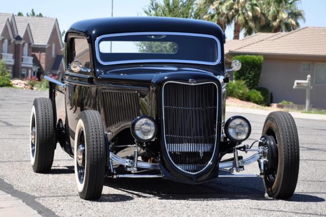 1936 FORD PICKUP ALL-STEEL HIGH-END ONE-OFF SHOW TRUCK 3.jpg