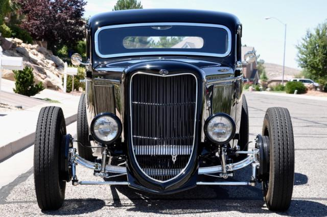 1936 FORD PICKUP ALL-STEEL HIGH-END ONE-OFF SHOW TRUCK 7.jpg