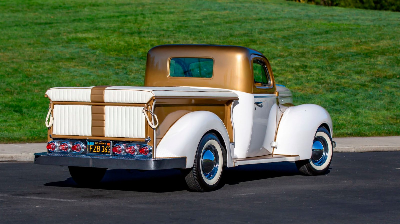 1937 Ford Freighter Pickup Truck Gold Pearl 3.JPG