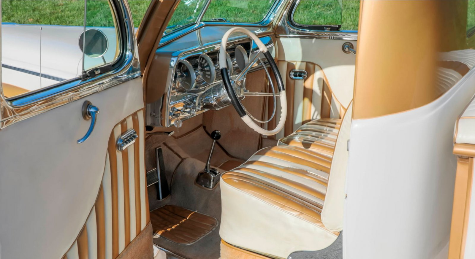 1937 Ford Freighter Pickup Truck Gold Pearl 4.JPG