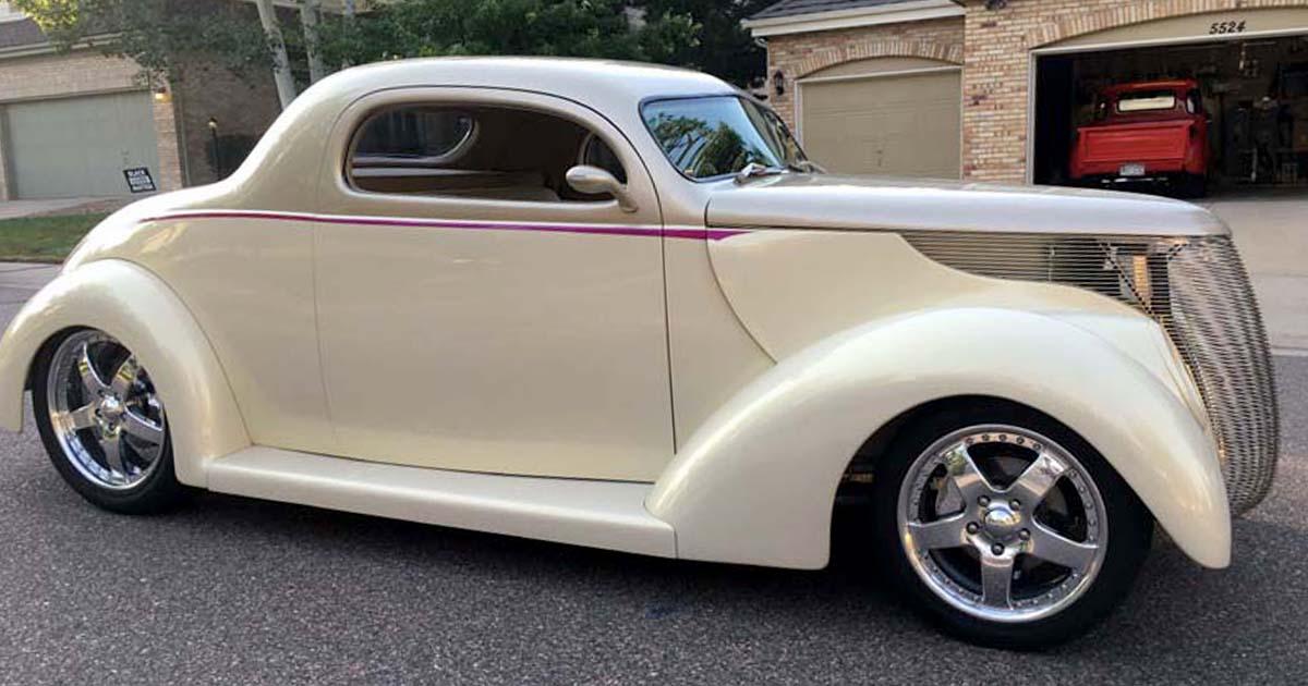 1937 Ford Model 74 Tudor Sedan.jpg