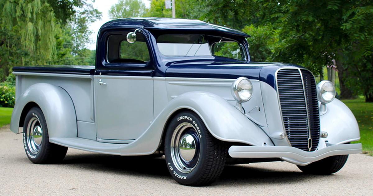 1937 Ford Pickup Truck Custom.jpg