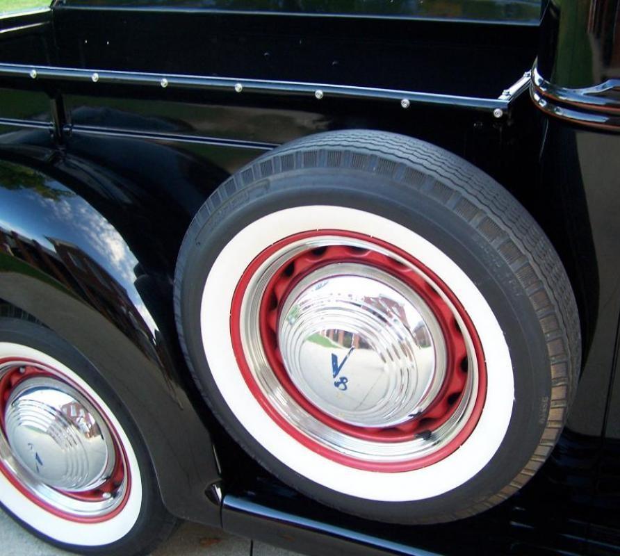 1939 Ford Pickup Truck Flathead V8 8.jpg