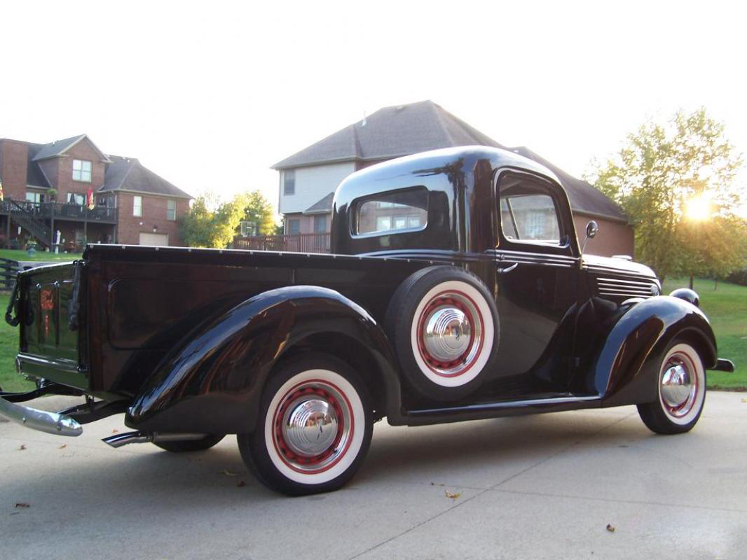 1939 Ford Pickup Truck Flathead V8 And 3 Speed 7.jpg