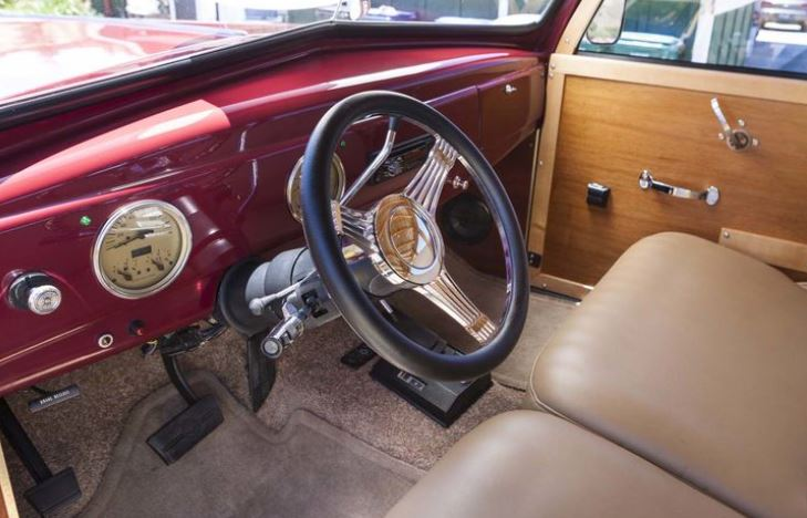 1939 FORD WOODY 350 280 HP 6.JPG