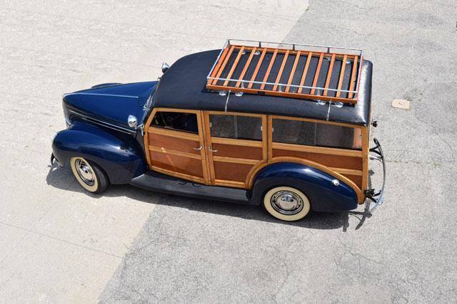 1939 Ford Woody V8 2.jpg
