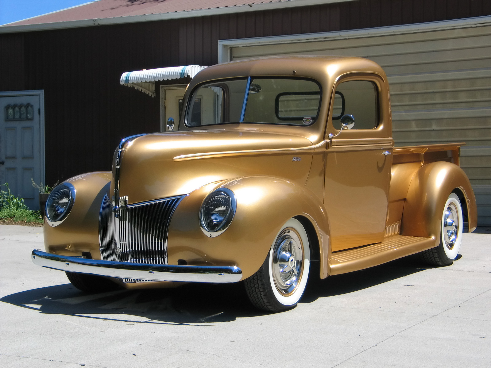 1940 FORD PICKUP TRUCK GOLD 8.jpg