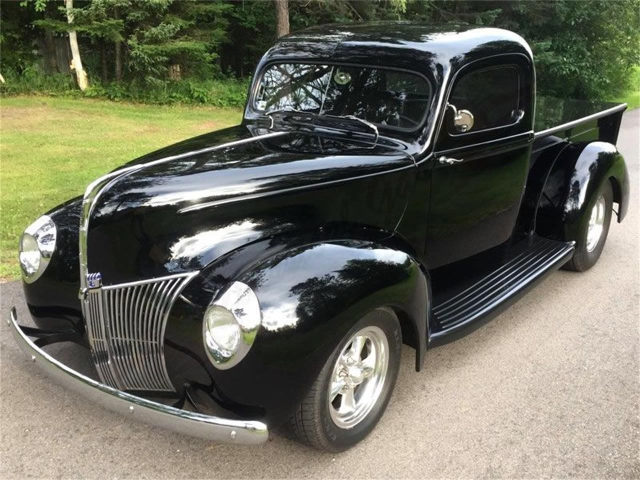 1940 Ford Pickup With a 289 HiPo 2.jpg