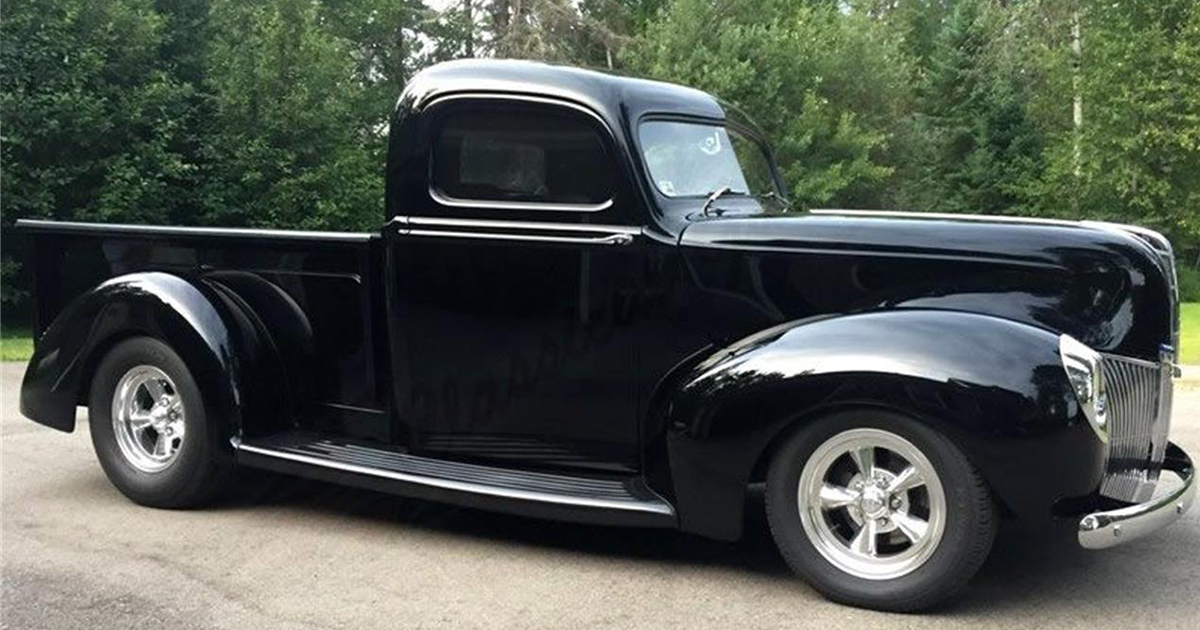 1940 Ford Pickup With a 289 HiPo.jpg