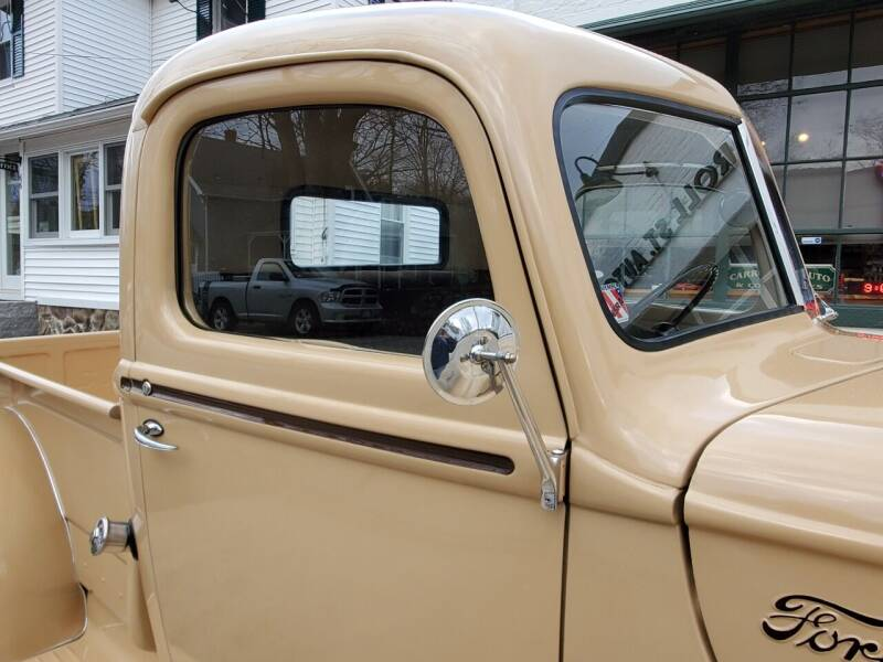 1946 Ford F100 Flathead V8 5-Speed 8.jpg