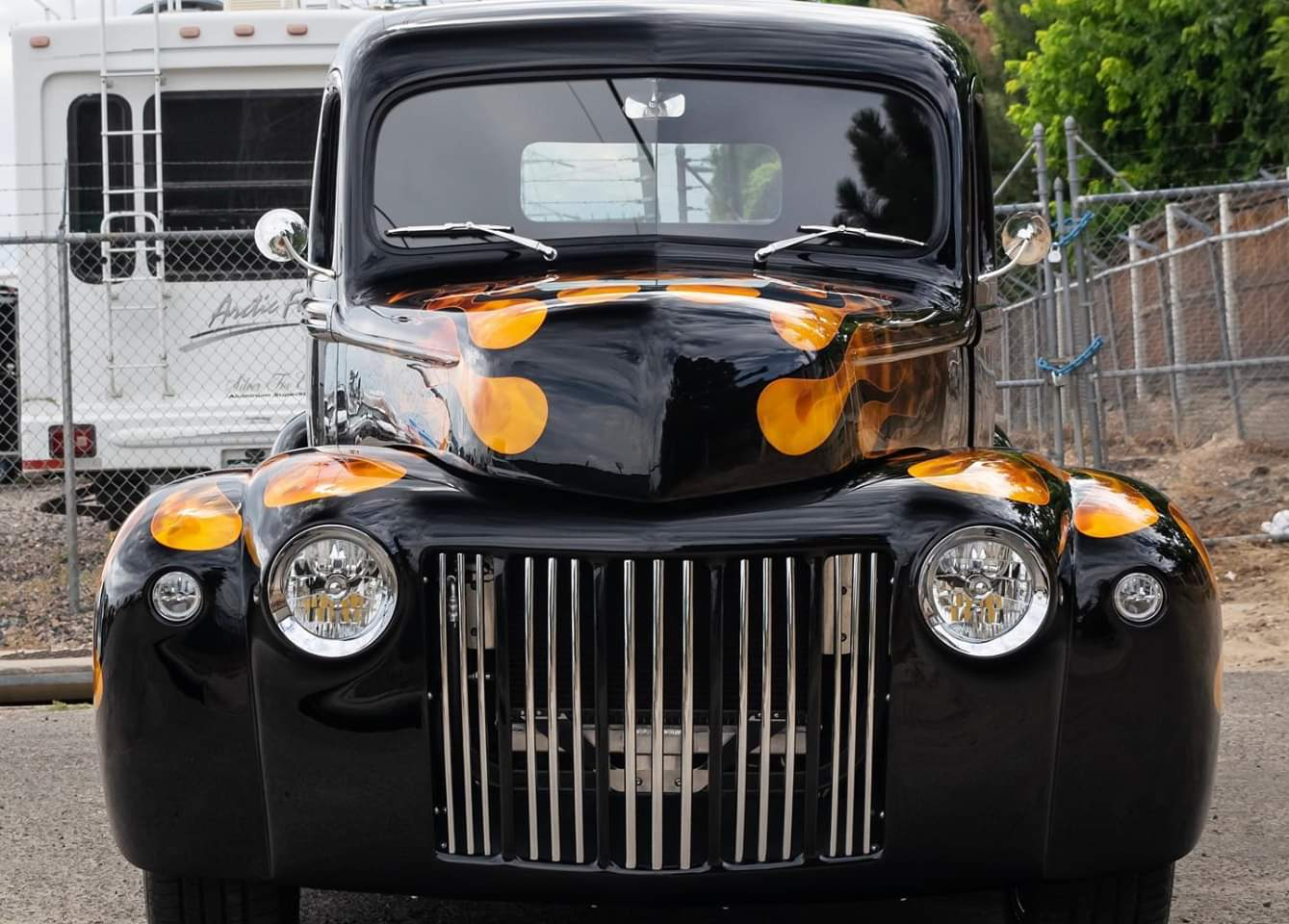 1946 Ford Pickup Truck With 535 HP 8.jpg