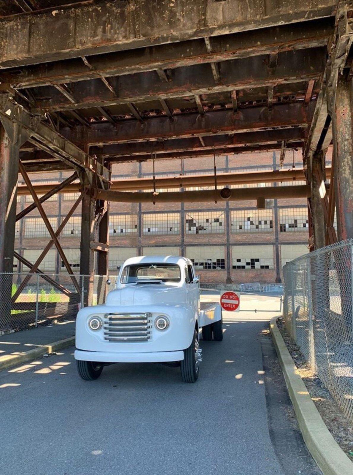 1948 Ford F1 CAT Powered Fummins 2.JPG