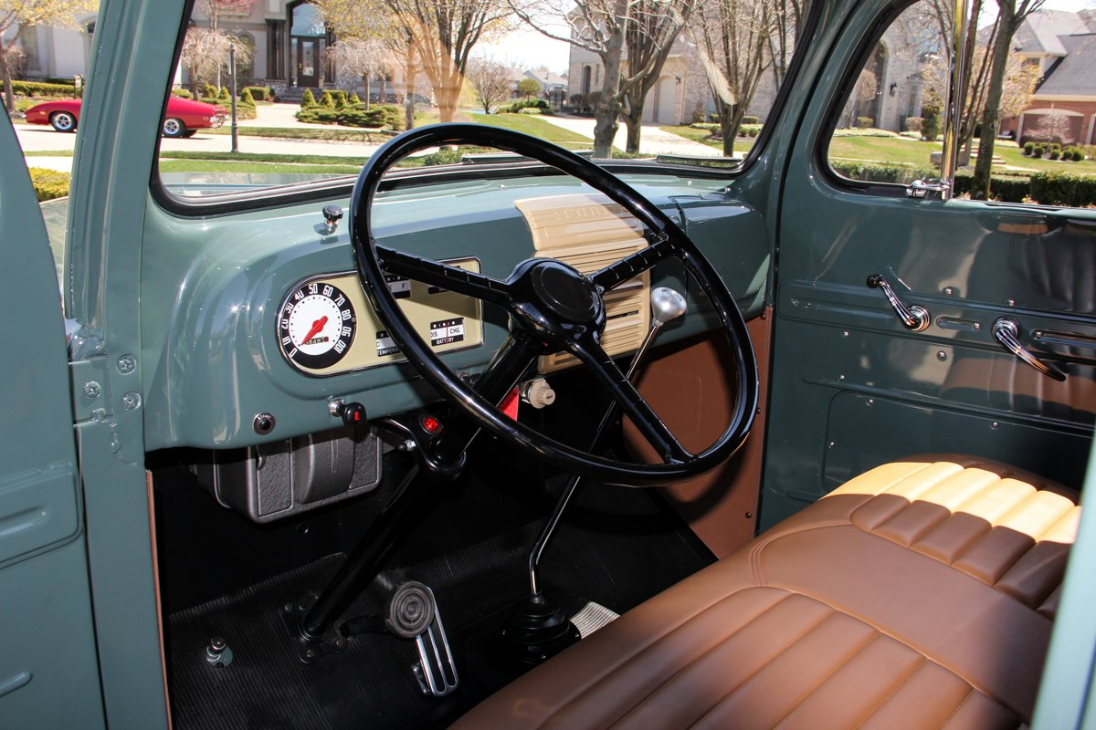 1948-ford-f1-pickup (5).jpg