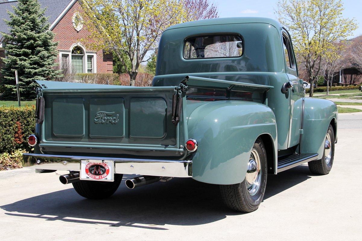 1948-ford-f1-pickup (7).jpg