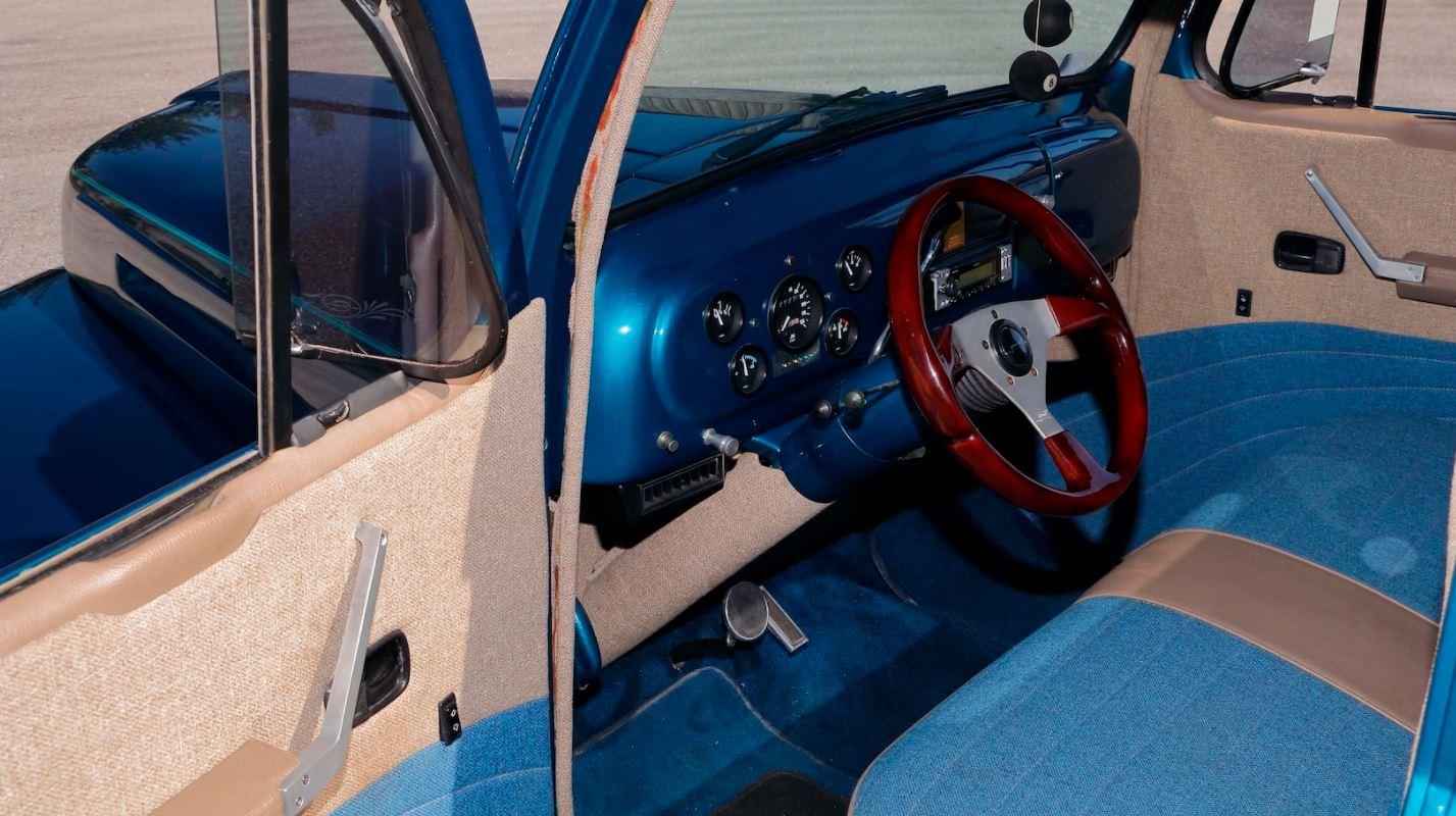 1948 FORD F1 PICKUP TRUCK 4.JPG