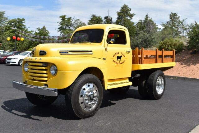 1949 Ford Truck F6 2Ton Dumpbed 4wd Show Truck 12.jpg