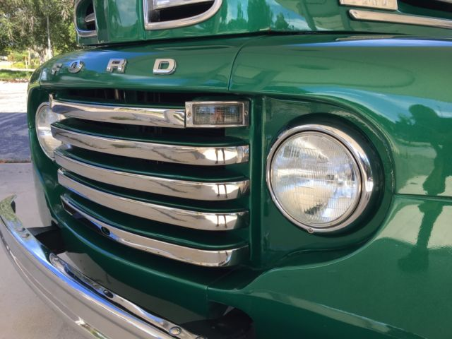 1950 FORD F-1 STEPSIDE LONG-HAULER GLOSS GREEN ENVY 2.jpg