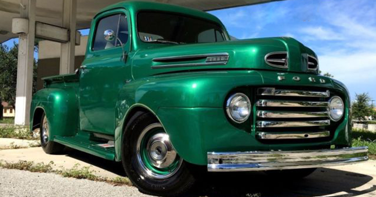 1950 FORD F-1 STEPSIDE LONG-HAULER GLOSS GREEN ENVY.jpg