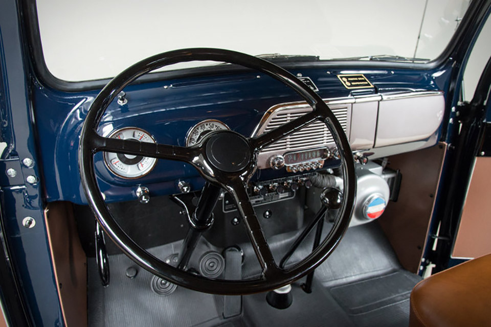 1951 FORD F1 RANGER MARMON-HERRINGTON 3.jpg