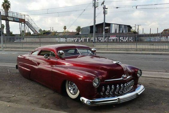 1951 Ford Mercury Coupe Custom Candy Apple Pearl 2.jpg