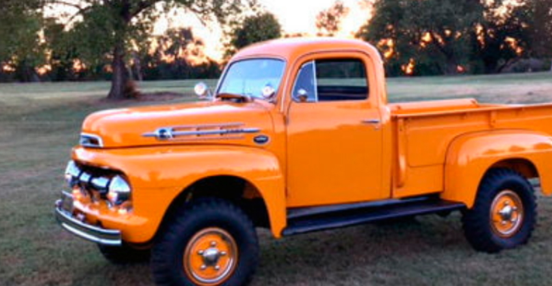 1952 FORD F2 MARMON HARRINGTON PICKUP 2.jpg